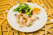 Спринг-ролл с креветкой / Spring roll with prawns