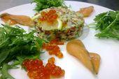 Тапас из мяса краба с авокадо и малосольной форелью / Red king crab, avocado, cucumber, slightly salted salmon, olive oil