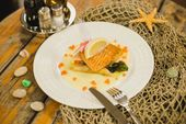 Форель в трюфельном соусе / Salmon in truffle sauce