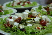 Микс салат и овощи с сыром брынза под итальянской заправкой / Green salads and vegetables mix with bryndza cheese under Italian dressing