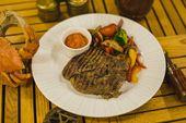 Свиной стейк су-вид с жареными овощами / Pork steak sous-vide